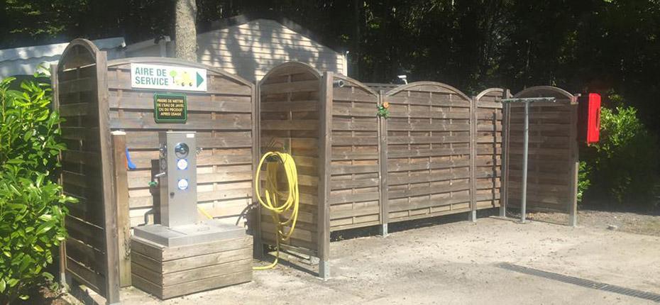 Une aire de camping-car est à votre disposition au camping dans les Yvelines